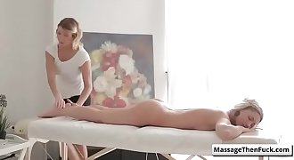 Fantasy Lovemaking Massage - Klon-dyke Gold Rush with  Jessi Gold and Rita Rush rubdown video-01